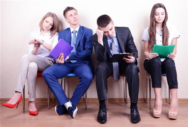 """当HR说""""回去等通知吧"""",是在暗示我们什么?"""